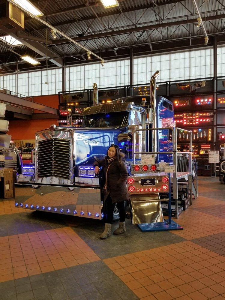 Iowa 80 Truckstop, Verizon Authorized Retailer: 755 W Iowa 80 Rd, Walcott, IA