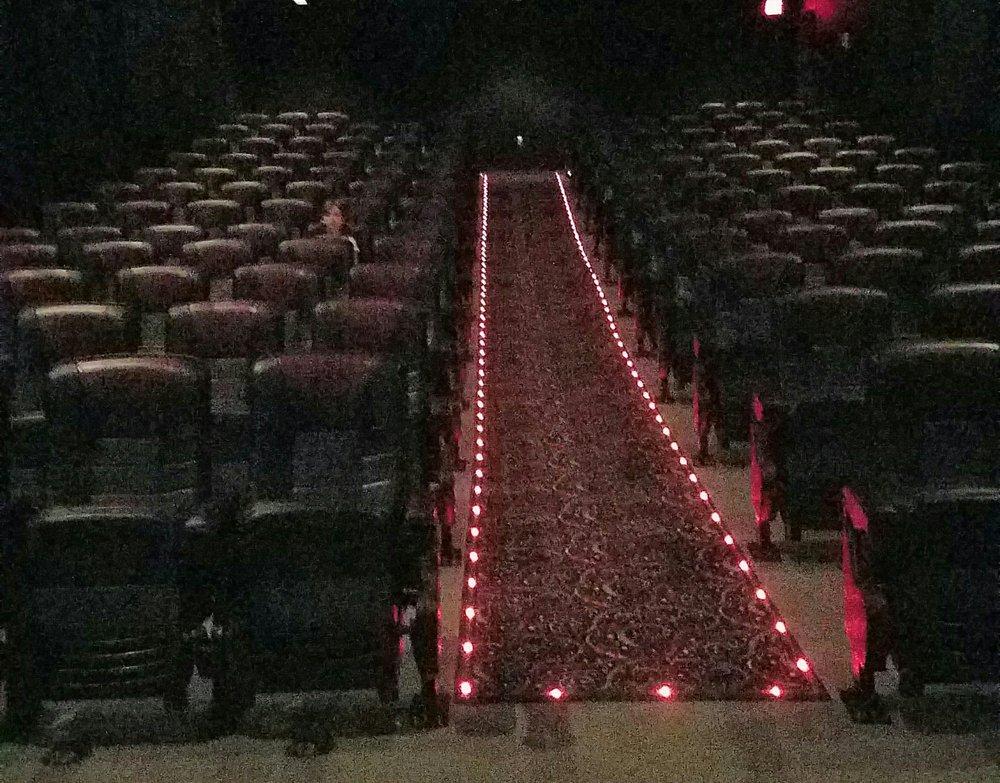 Blue Springs 8 Movie Theater
