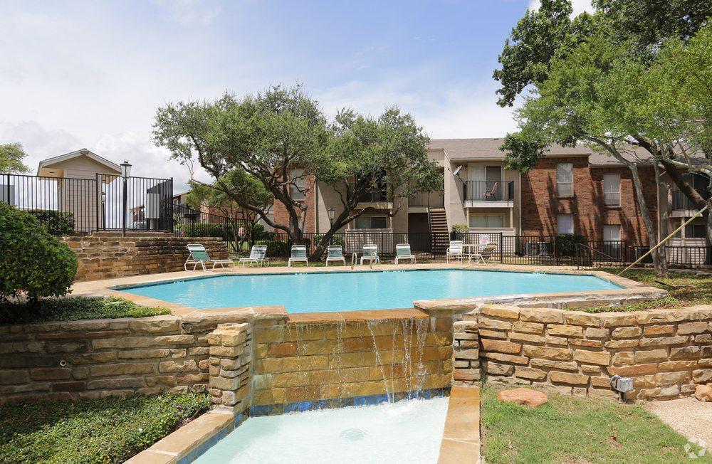 New Apartments On Lamar In Arlington Tx