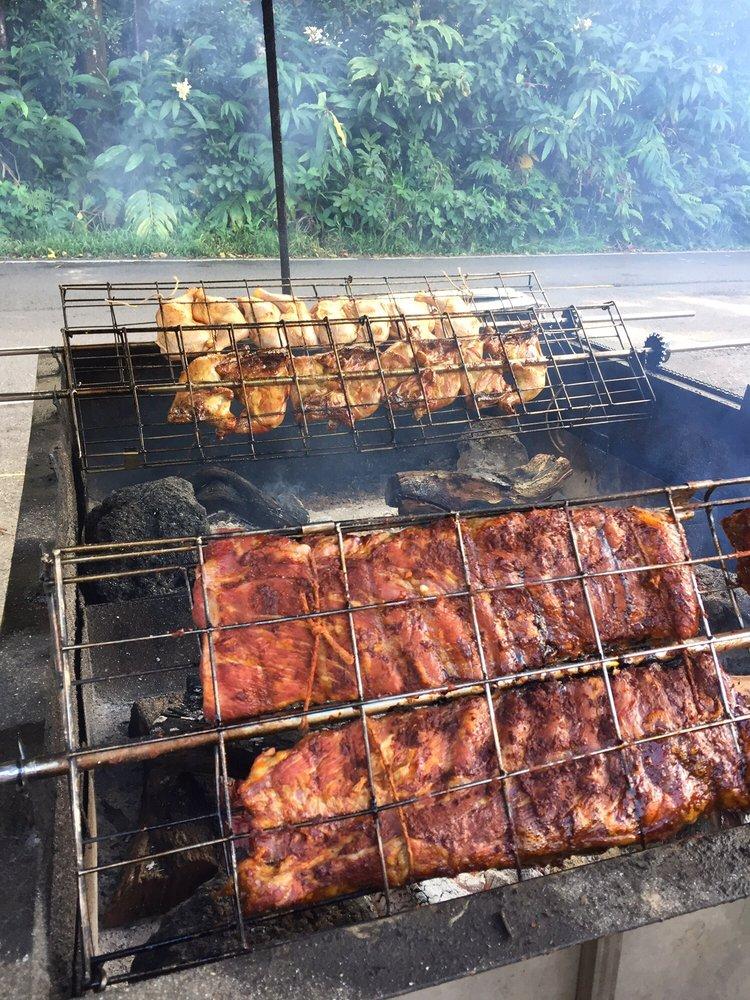 Eric's Huli BBQ: Nahiku Marketplace, Hana, HI