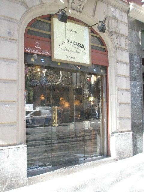Ambients de la casa tiendas de muebles carrer de for Registro bienes muebles barcelona telefono