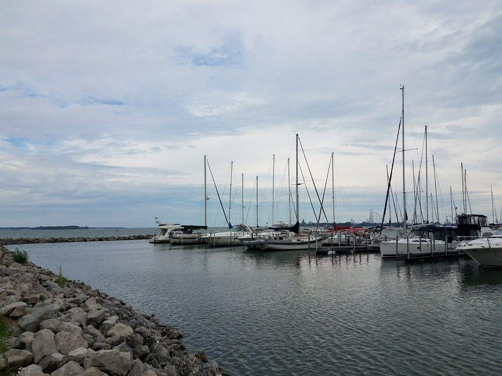 Shoreline Park: 411 E Shoreline Dr, Sandusky, OH