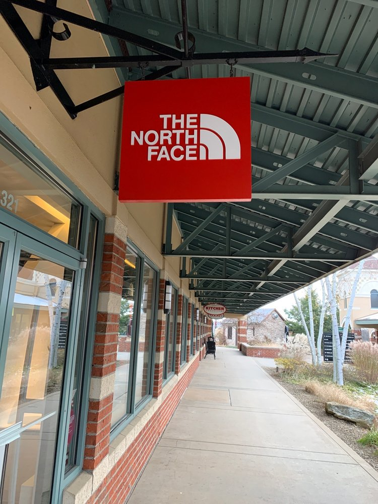 The North Face: 1911 Leesburg Grove City Rd, Grove City, PA