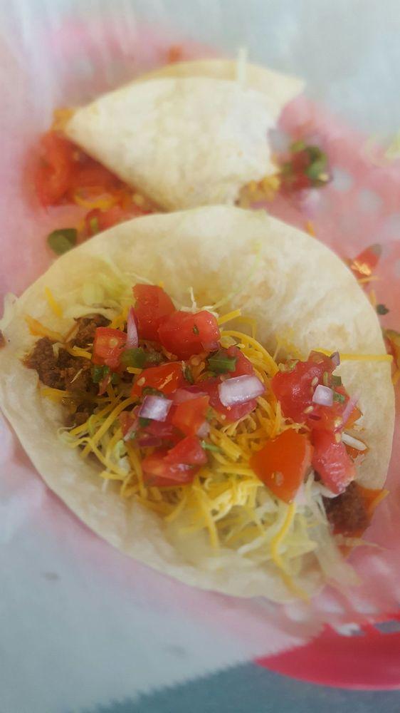 Tamiami Tacos: 6920 14th St W, Bradenton, FL