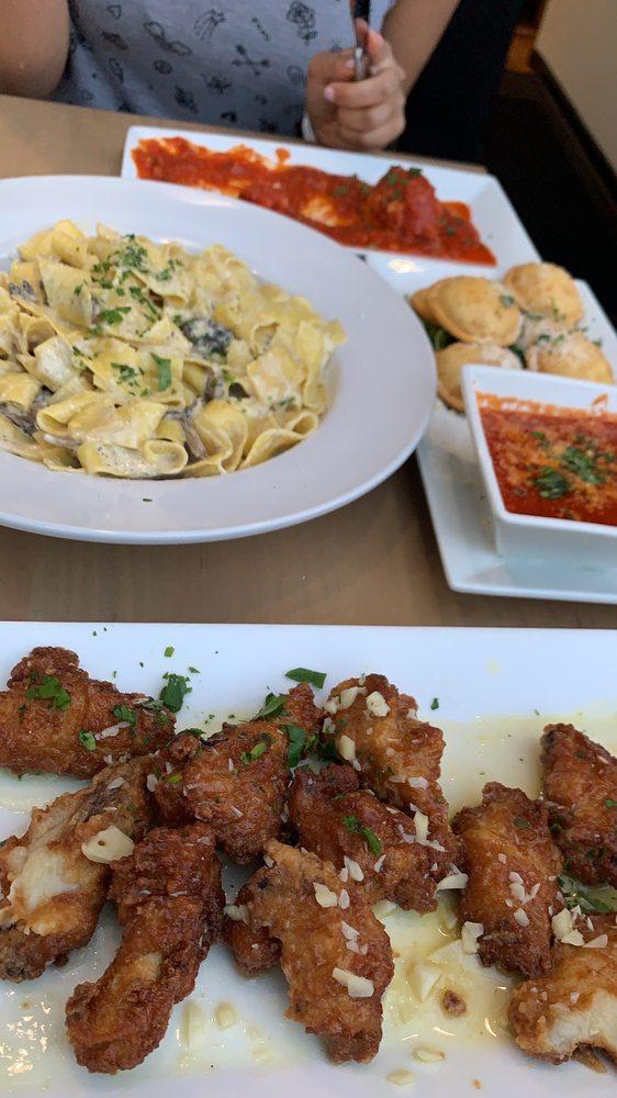 La Bella Cucina: 20 Broad St, Red Bank, NJ