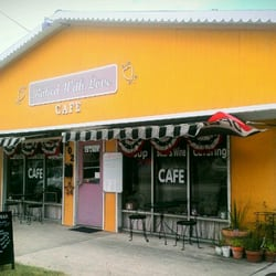 Baked With Love Closed 24 Reviews Cafes 302 N Howe St