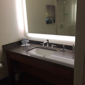 Renovated Room Picture Of Houston Airport Marriott At George