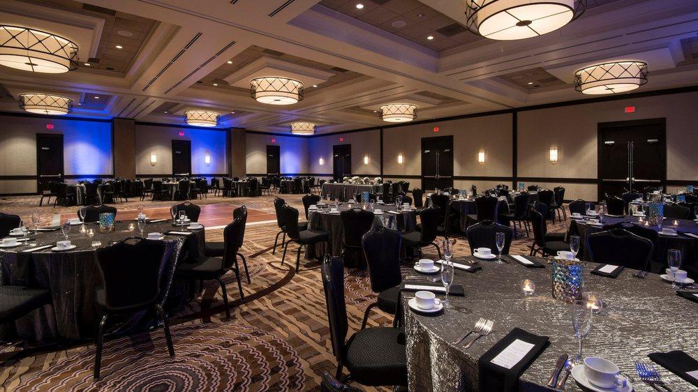 Wichita Marriott: 9100 Corporate Hills Dr, Wichita, KS