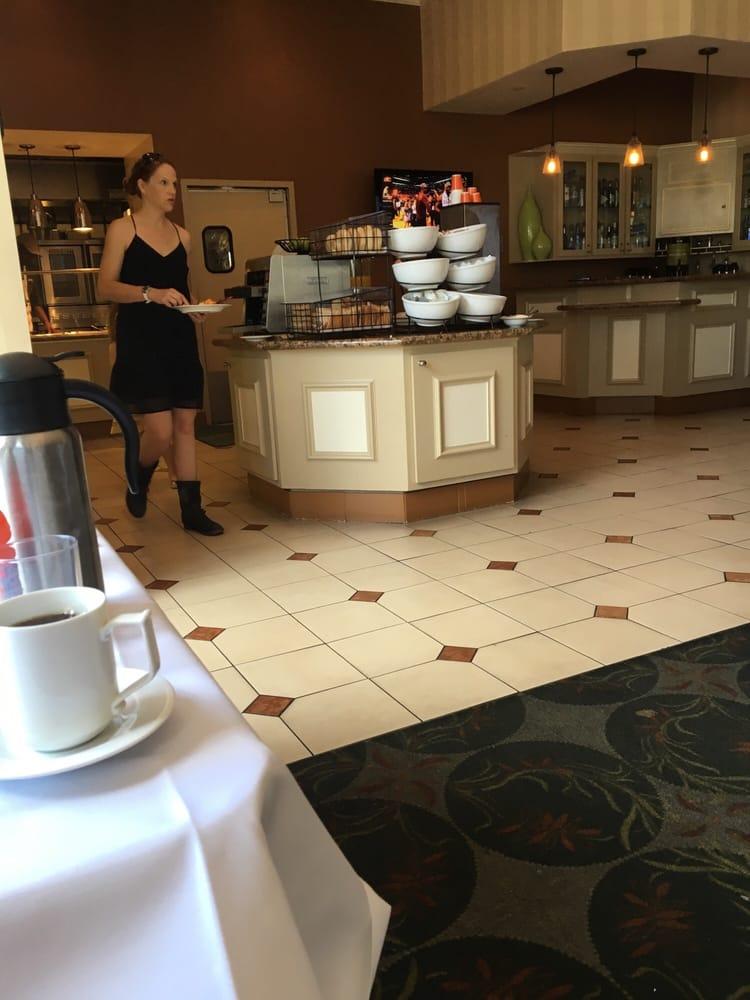Hilton Garden Inn Savannah Historic District 18 Photos 53 Reviews Hotels 321 W Bay St