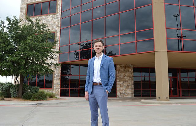 Matt Moreland, Realtor: 5001 W Loop 289, Lubbock, TX