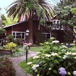 and reservations bed wine country breakfast inn guestroom napa