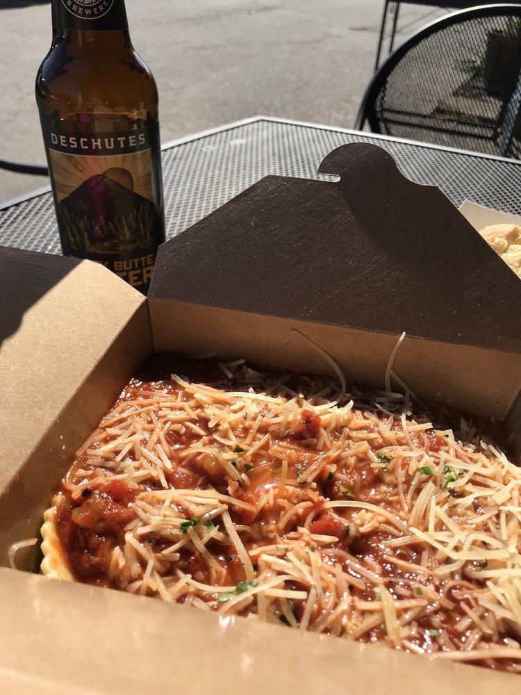 Paisano's Italian Kitchen: 510 E Main St, Rogue River, OR