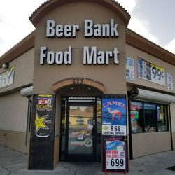 Beer Bank Food Mart 20 Photos Convenience Stores 623 Decatur