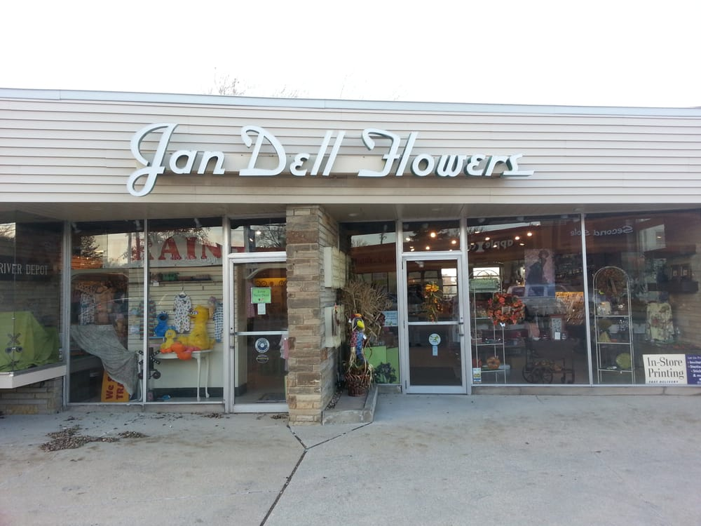 Jan Dell Flowers: 19350 Detroit Rd, Rocky River, OH