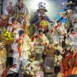 San Gregorio Armeno - 54 fotos y 14 reseñas - Mercados de navidad ... 0927ba560c12b