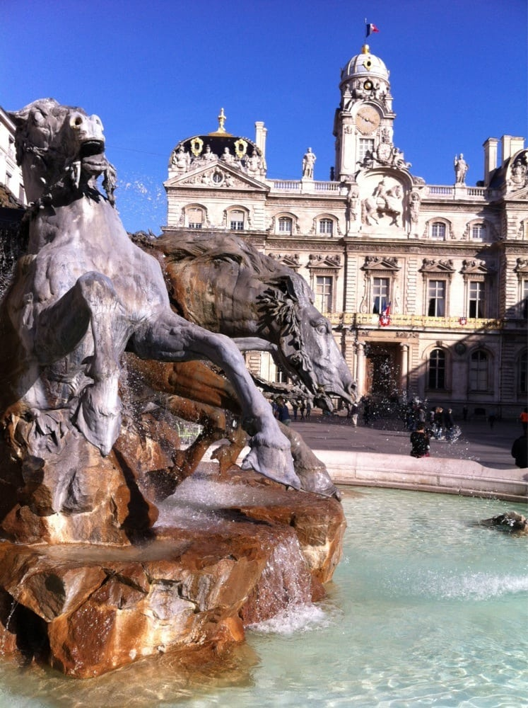 la fontaine 11 reviews fast food 7 place des terreaux 1er arrondissement lyon france. Black Bedroom Furniture Sets. Home Design Ideas