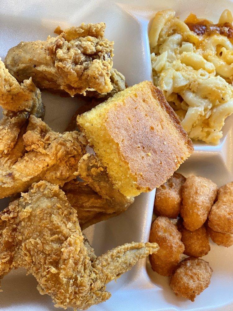 Charlene's Home Cooking: 1136 E Blackstock Rd, Moore, SC