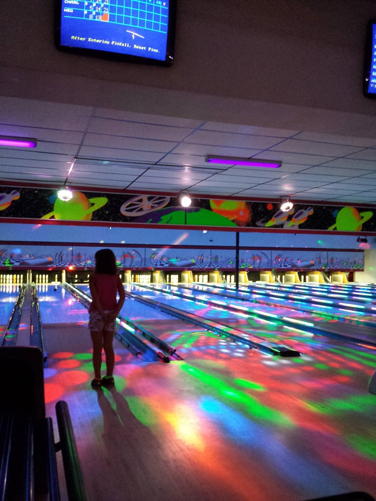 French King Bowling Center: 55 French King Hwy, Erving, MA