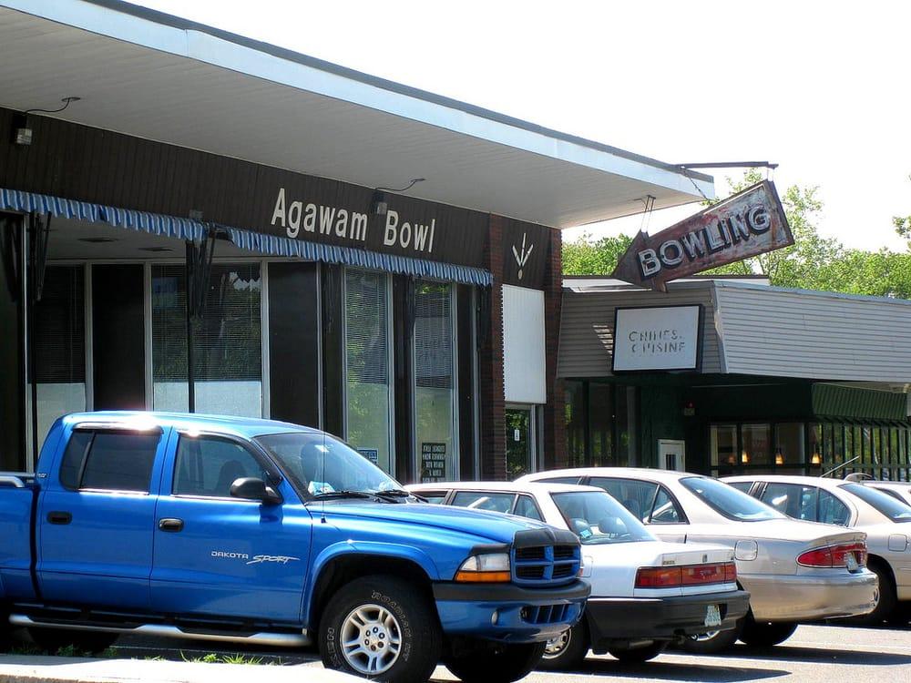 Agawam Bowl: 359-363 Walnut Street Ext, Agawam, MA
