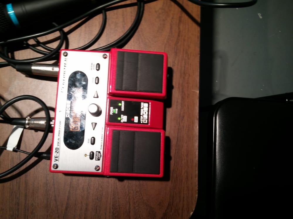 Boss Digital Loop Effects Pedal Super Cool Tools To Play With Yelp