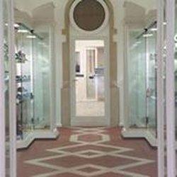 quality design cfd87 b2cf0 Napoleone Calzature - Negozi di scarpe - Via Mazzini 59 ...