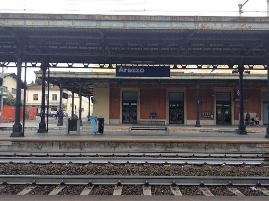 arezzo chiusi italy train - photo#34