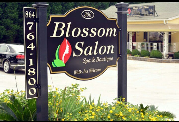 Blossom: 306 Oak Grove Rd, Spartanburg, SC