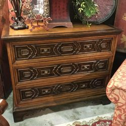 invio fine furniture consignment 13 photos furniture stores 535 n woodlawn wichita ks. Black Bedroom Furniture Sets. Home Design Ideas