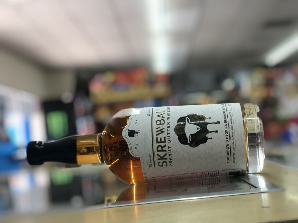 Royal Liquors: 270 W Elm Ave, Coalinga, CA