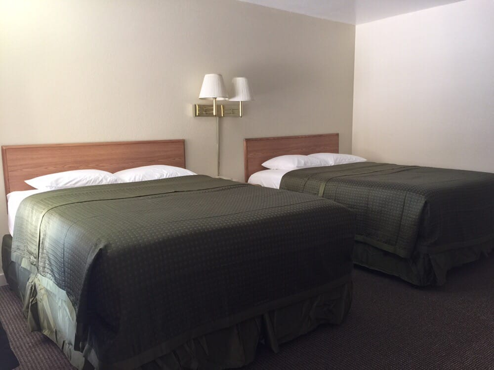 High Country Lodge: 1227 Hwy 50, South Lake Tahoe, CA