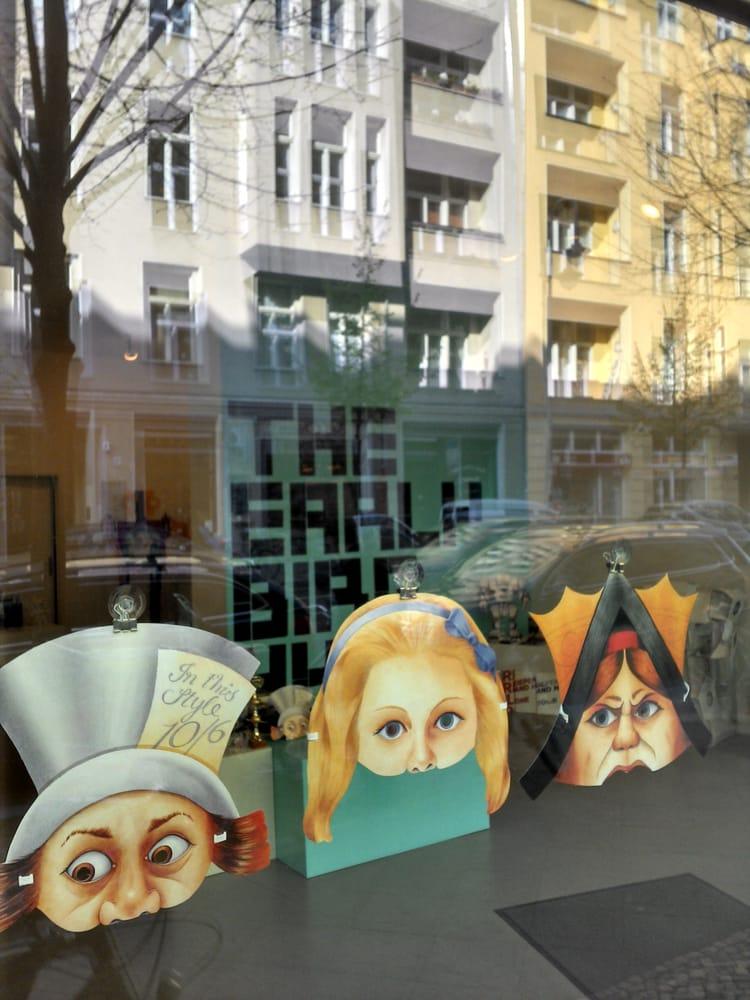 the early bird hype: Rosa-Luxemburg-Str. 15, Berlin, BE