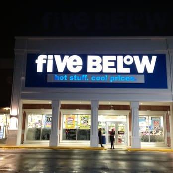Five Below 24 Photos Amp 20 Reviews Discount Store