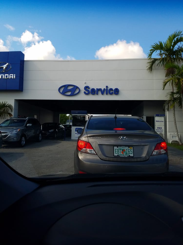 Potamkin Hyundai 11 Photos 49 Reviews Car Dealers 6200 Nw 167th St Miami Fl Phone Number Yelp