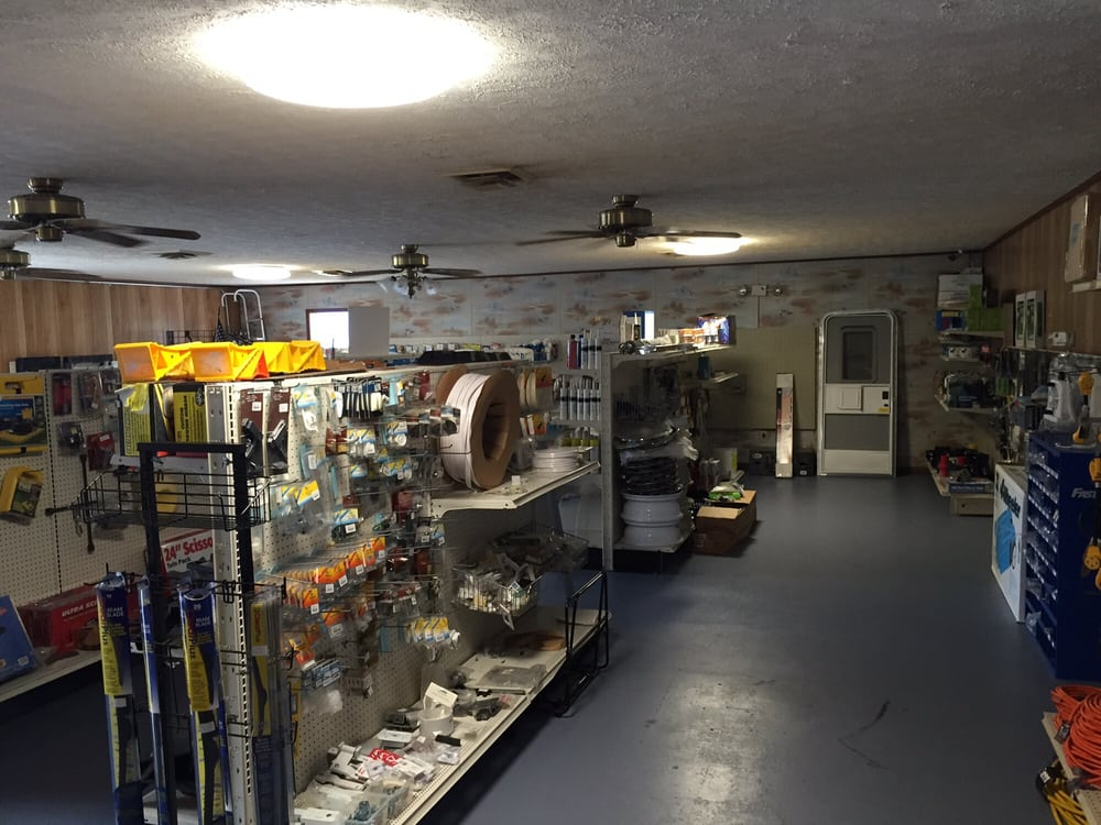 Dover RV: 2148 Donelson Pkwy, Dover, TN