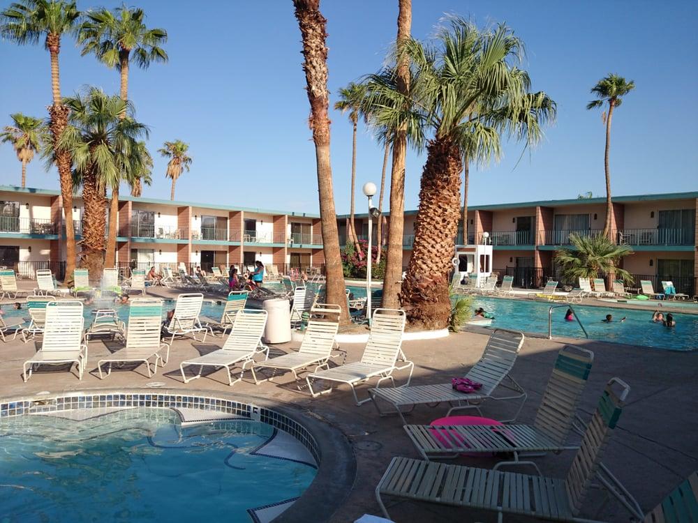 Desert Hot Springs Spa Hotel Day Pass