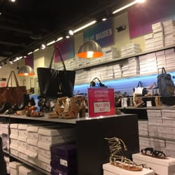 Photo of Steve Madden - Somerville, MA, United States. Students 22% off