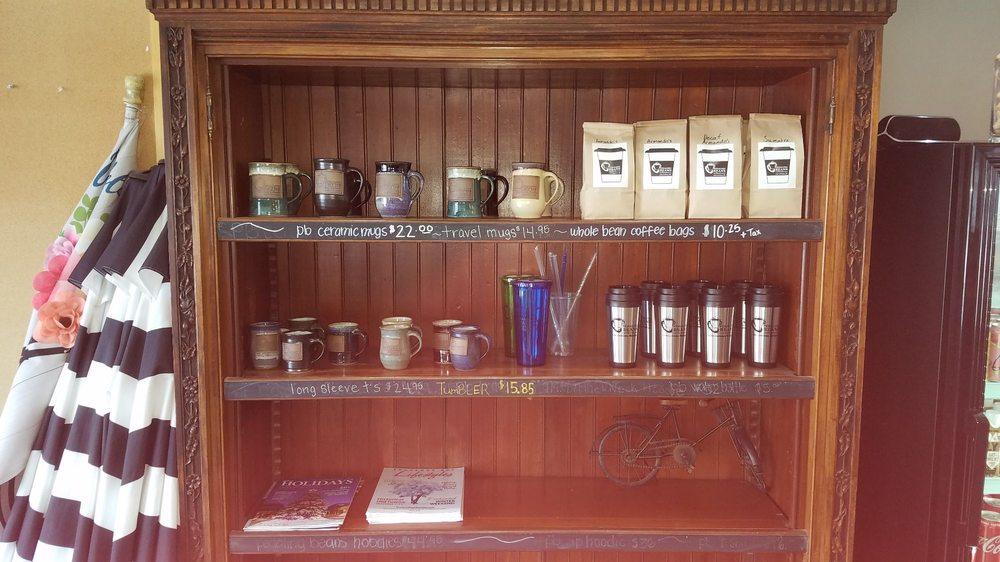 Pedaling Beans Coffeehouse: 116 E Philip St, Lake Leelanau, MI