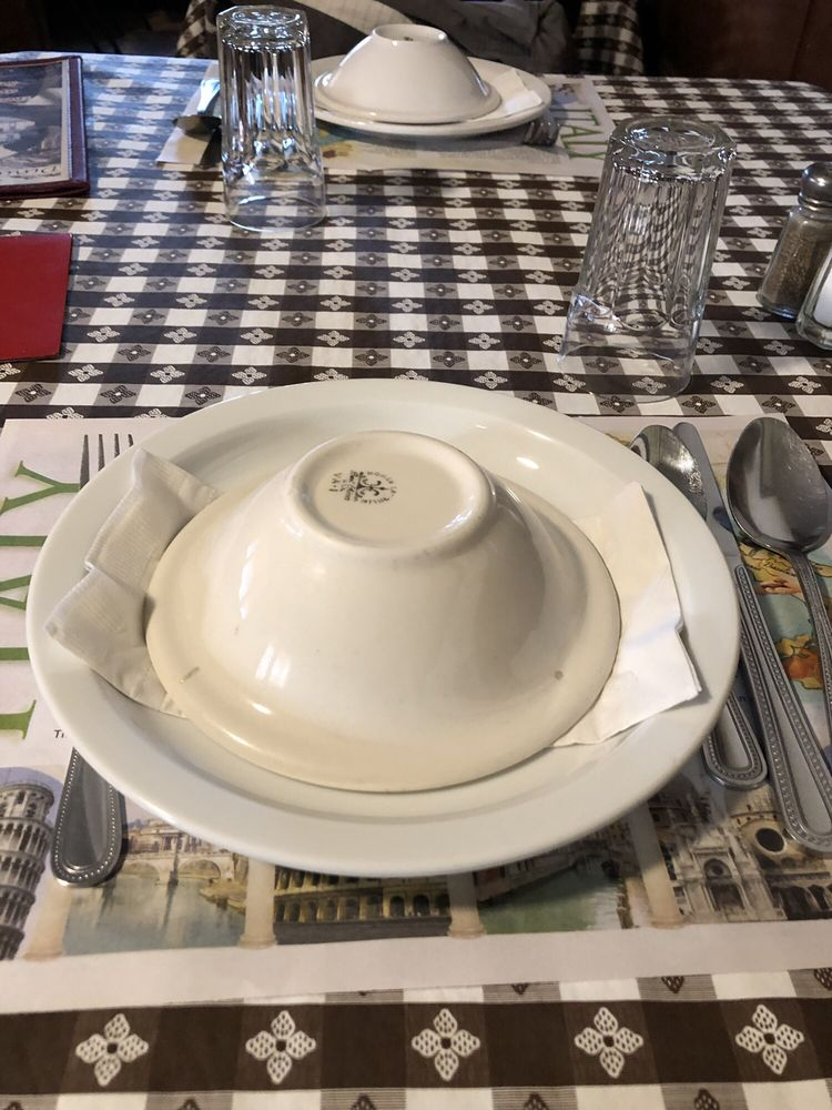 Dinucci's Italian Dinners: 14485 Valley Ford Rd, Valley Ford, CA