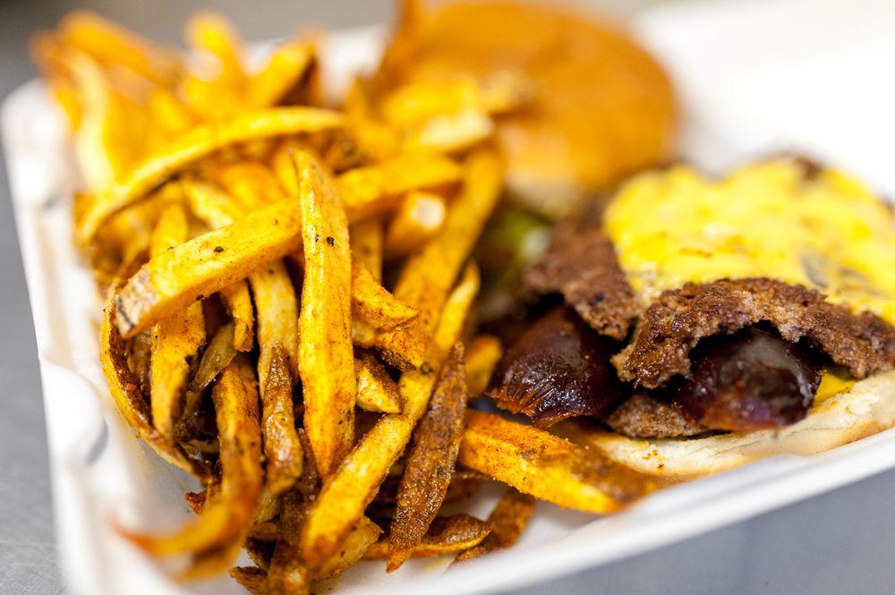Broadway Burgers & BBQ: 1659 S Broadway Ave, Wichita, KS