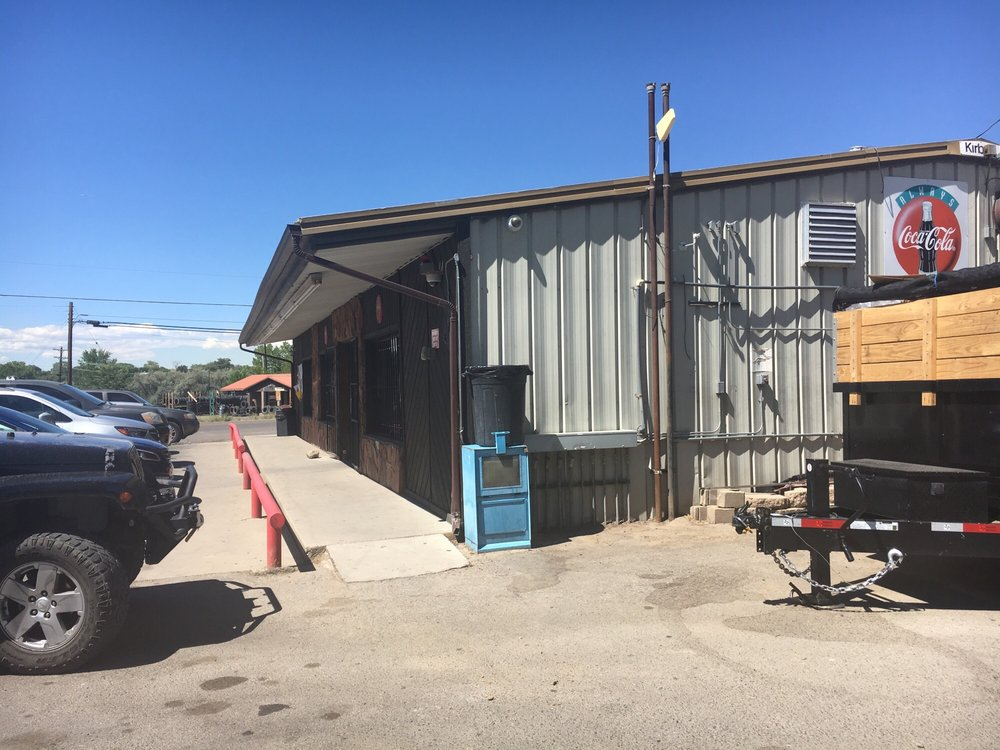 Goldens: 700 County Rd 6100, Fruitland, NM