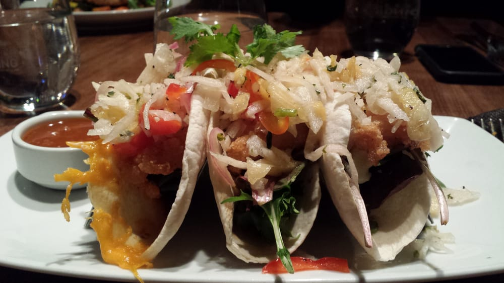 Fish tacos appetizer size yelp for Good fish tacos near me