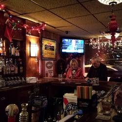 Crystal Lake Il United States Christmas Labemi S Tavern Restaurant 31 Reviews Bars 109 N Main St