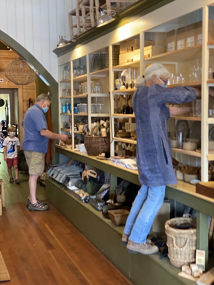 Bates & Maillard Farmhouse Mercantile: 14111 Hwy 128, Boonville, CA