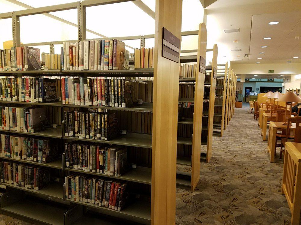 LA County Library - Westlake Village Library: 31220 Oak Crest Dr, Westlake Village, CA