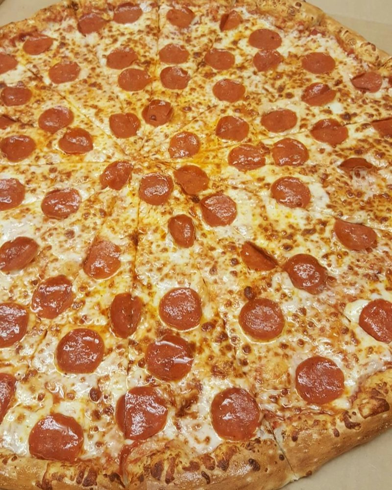 Food from American Pie Pizzeria