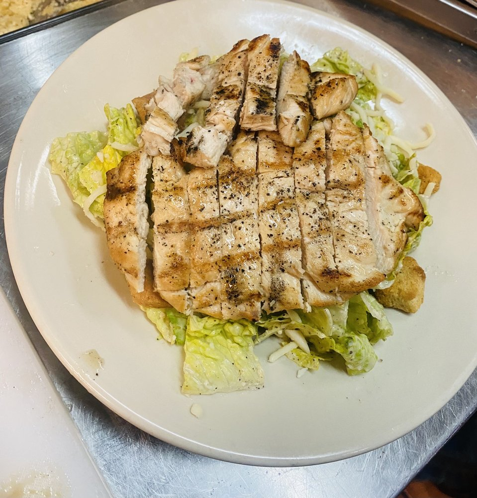 Roma's Italian Restaurant: 870 N Frankston Hwy, Frankston, TX