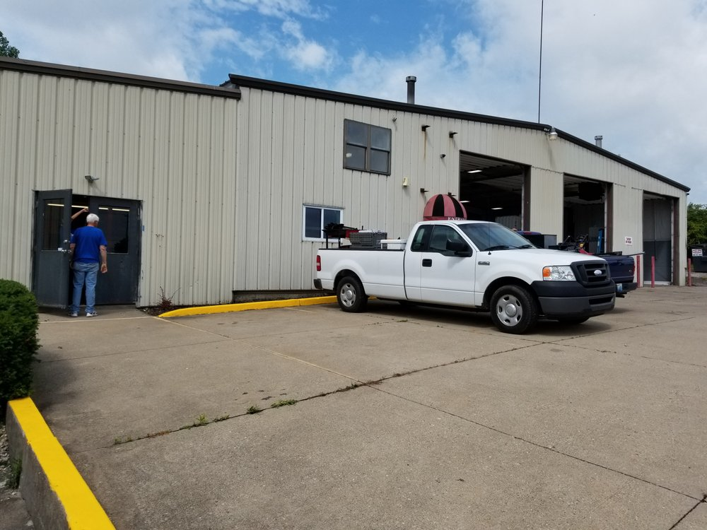 Grout Automotive: 7659 Turfway Rd, Florence, KY