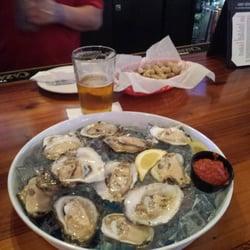 Foto zu Boardwalk Billys II Raw Bar & Ribs - Charlotte, NC, Vereinigte ...