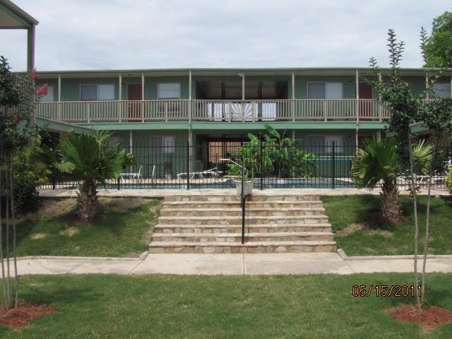 Coral gables apartments appartement meubl 516 for La fenetre apartments san jose