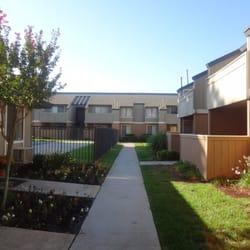 Pinewood Place Apartments Apartments 5226 E Olive Ave Fresno